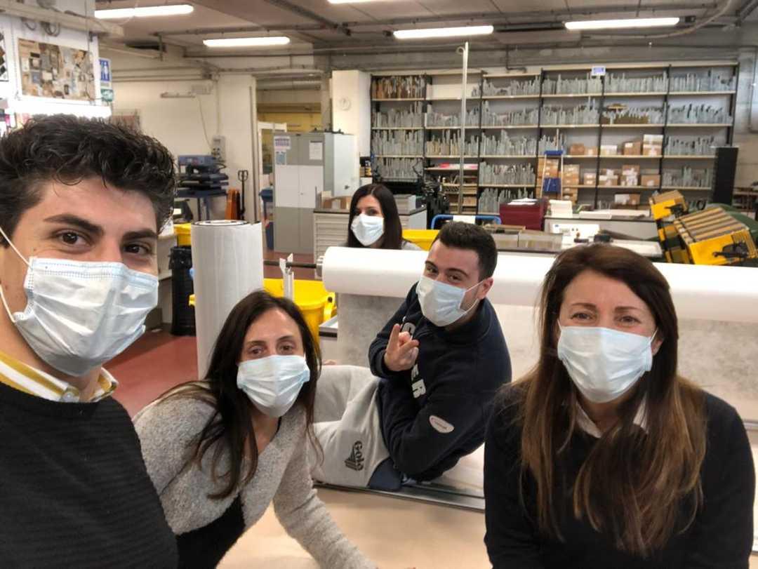 Cna, aziende del settore Moda per produrre immediatamente mascherine filtranti