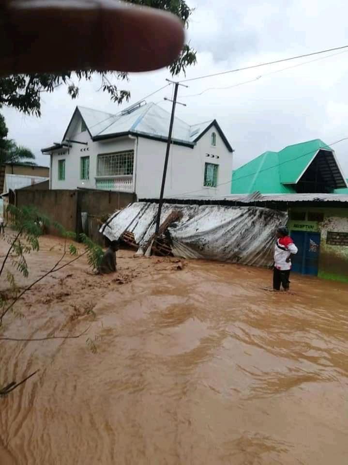 A Uvira (Repubblica Democratica del Congo) l'alluvione porta morte e distruzione