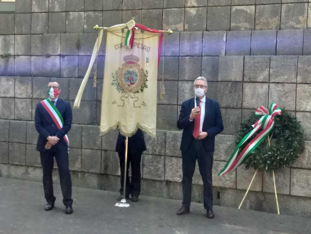 Ceriscioli a Pesaro partecipa alle celebrazioni per la Festa della Liberazione