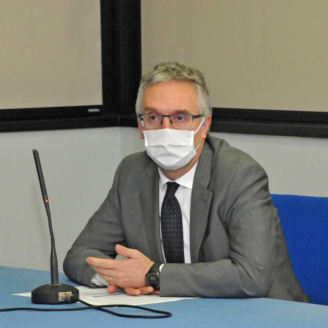 Covid-19, il presidente Ceriscioli alla presentazione del test sulle mascherine alla Politecnica delle Marche
