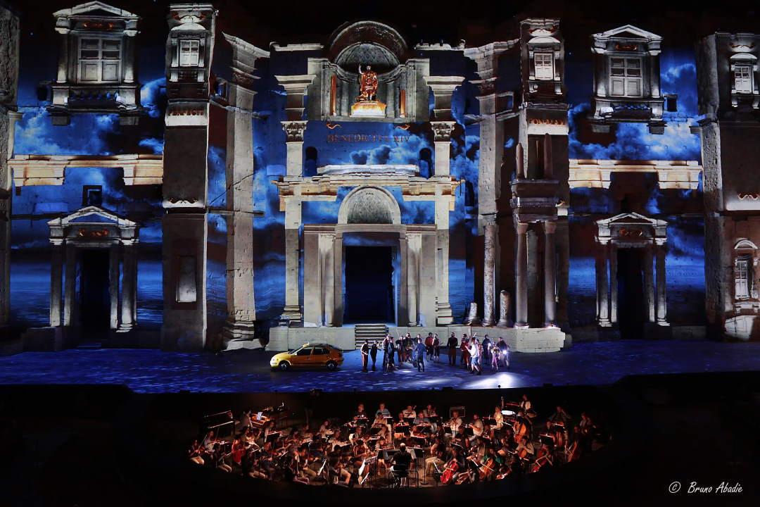 Macerata Opera Festival 2020 #biancocoraggio Gli appuntamenti per tre settimane di festival allo Sferisterio
