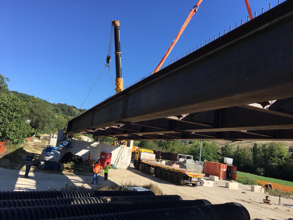 Mezzina, ultimato il varo del viadotto in acciaio