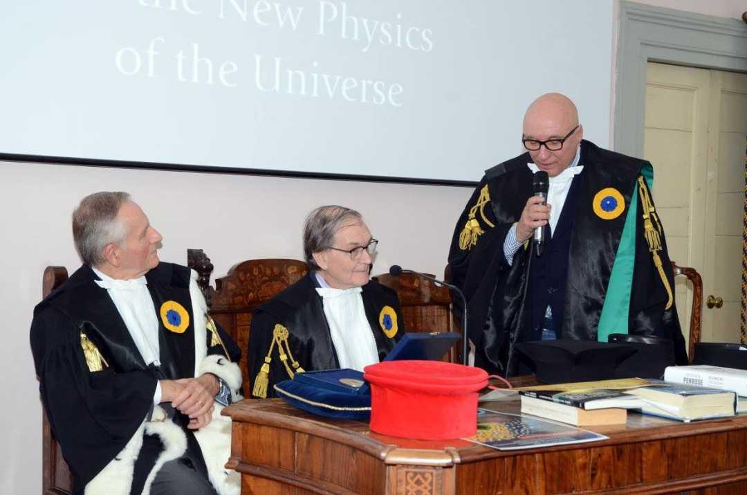 Il Premio Nobel per la fisica a Roger Penrose, Medaglia Commandiniana a Urbino nel 2017