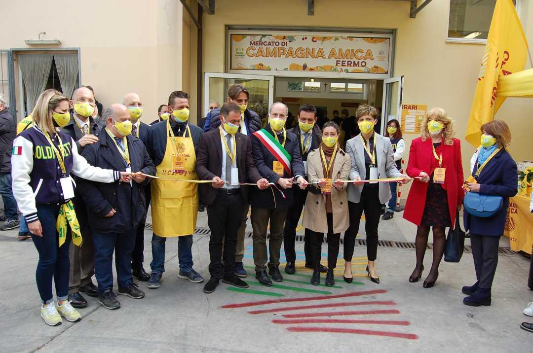 Il Mercato Coperto di Campagna Amica a Fermo apre le porte e pensa già a domani