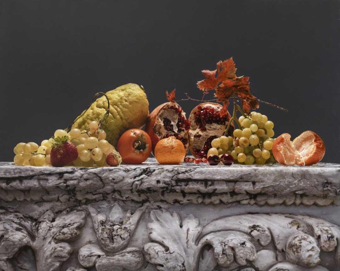 Urbino, inaugurata la mostra omaggio all'artista Luciano Ventrone, a cura di Vittorio Sgarbi