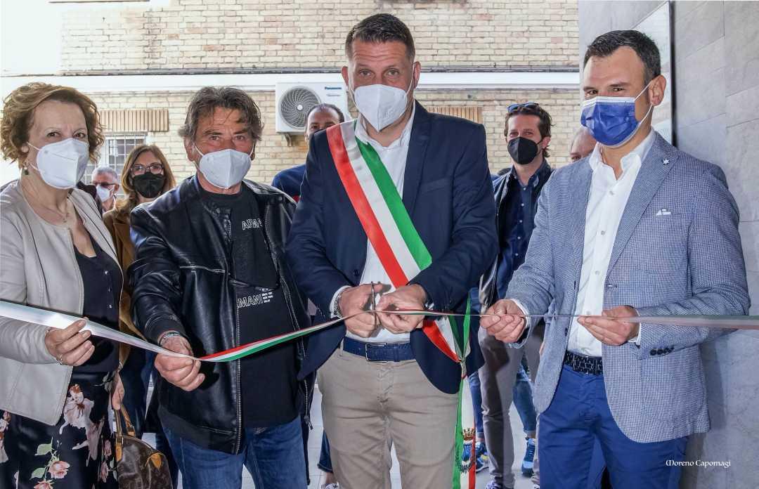 """Avis Monteprandone, inaugurata la mostra fotografica """"Il Dono"""""""