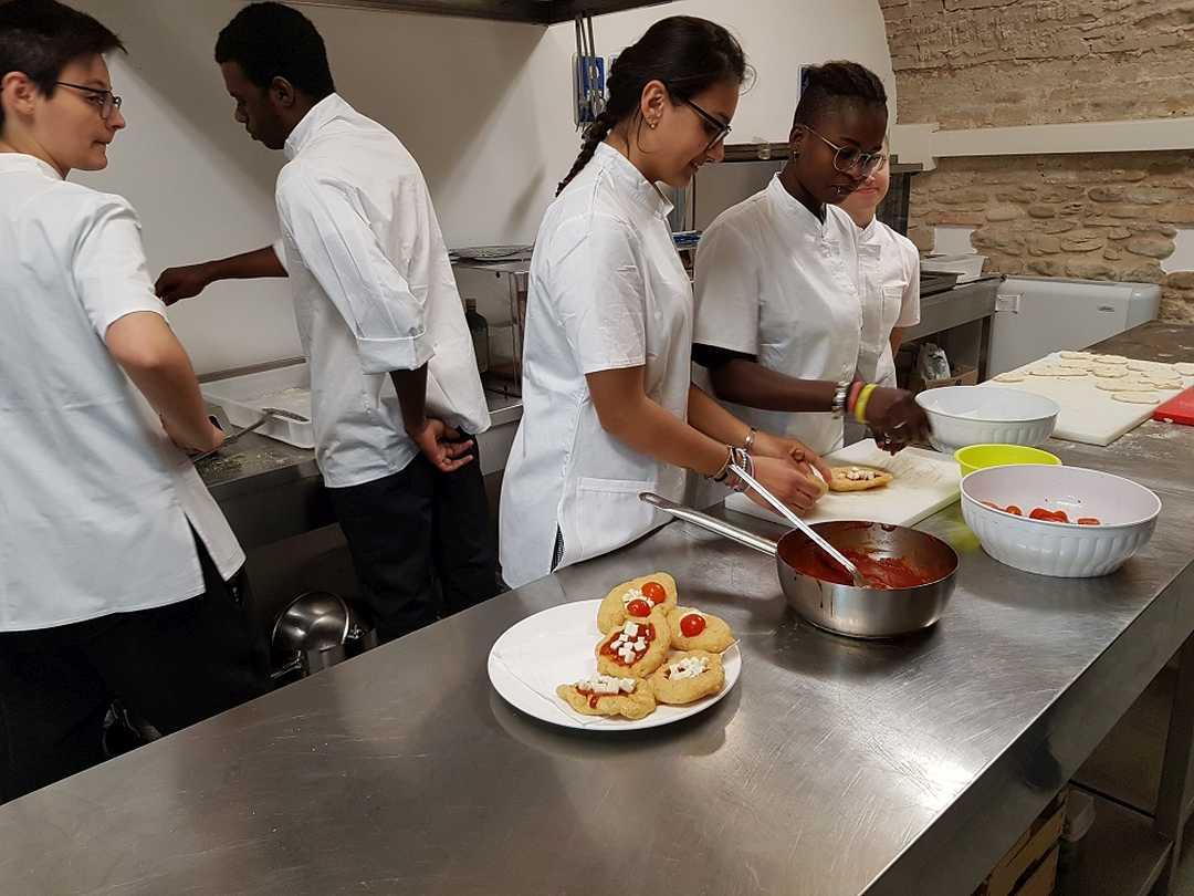Corso di formazione gratuito per Aiuto Cuoco