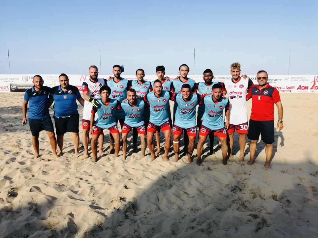 Beach soccer, doppia gioia per le due Samb tricolori: 10 – 3 e 4 – 0 contro Canalicchio con tante stelle in vetrina