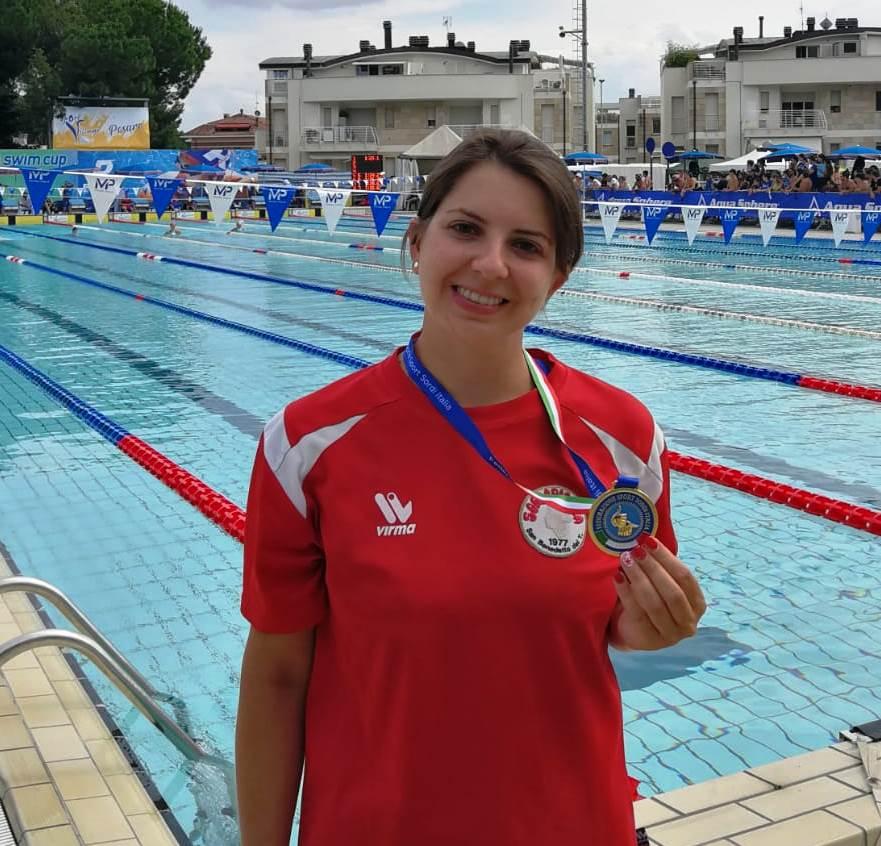 Alessia Pomili, nuoto tricolore d'Oro e d'Argento